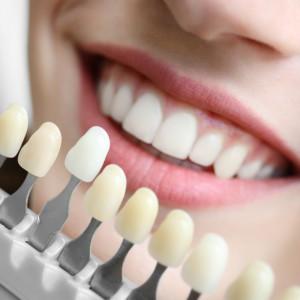 Problémy se zubní náhradou